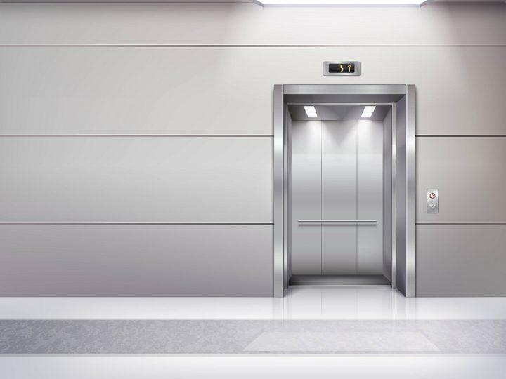 ¿Qué es la bajada a cota cero del ascensor?